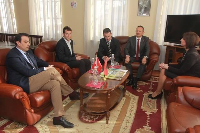 Takim me Ambasadorin e Zvicrs